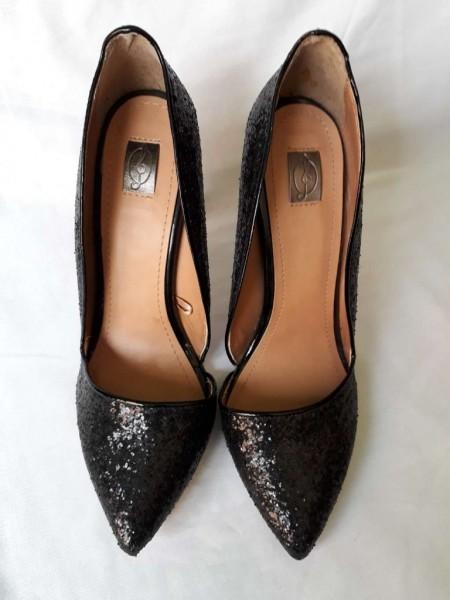 bf4a7f7b85be4 Stradivarius Zapatos Renueva Stradivarius Tu Renueva Closet Zapatos  q78wxRPSZ