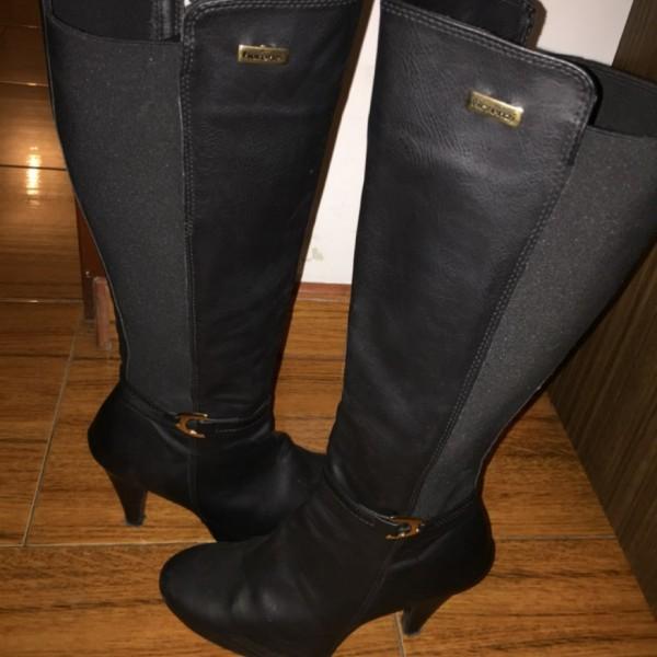 Botas Fiorenzi alta Zara Negra