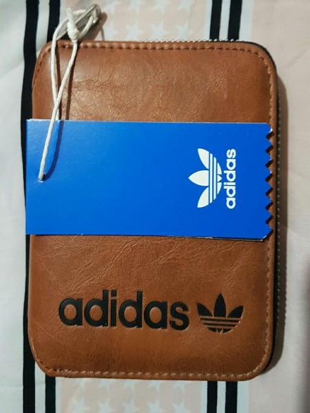 c07bb40ad Billetera Adidas | Renova Tu Vestidor